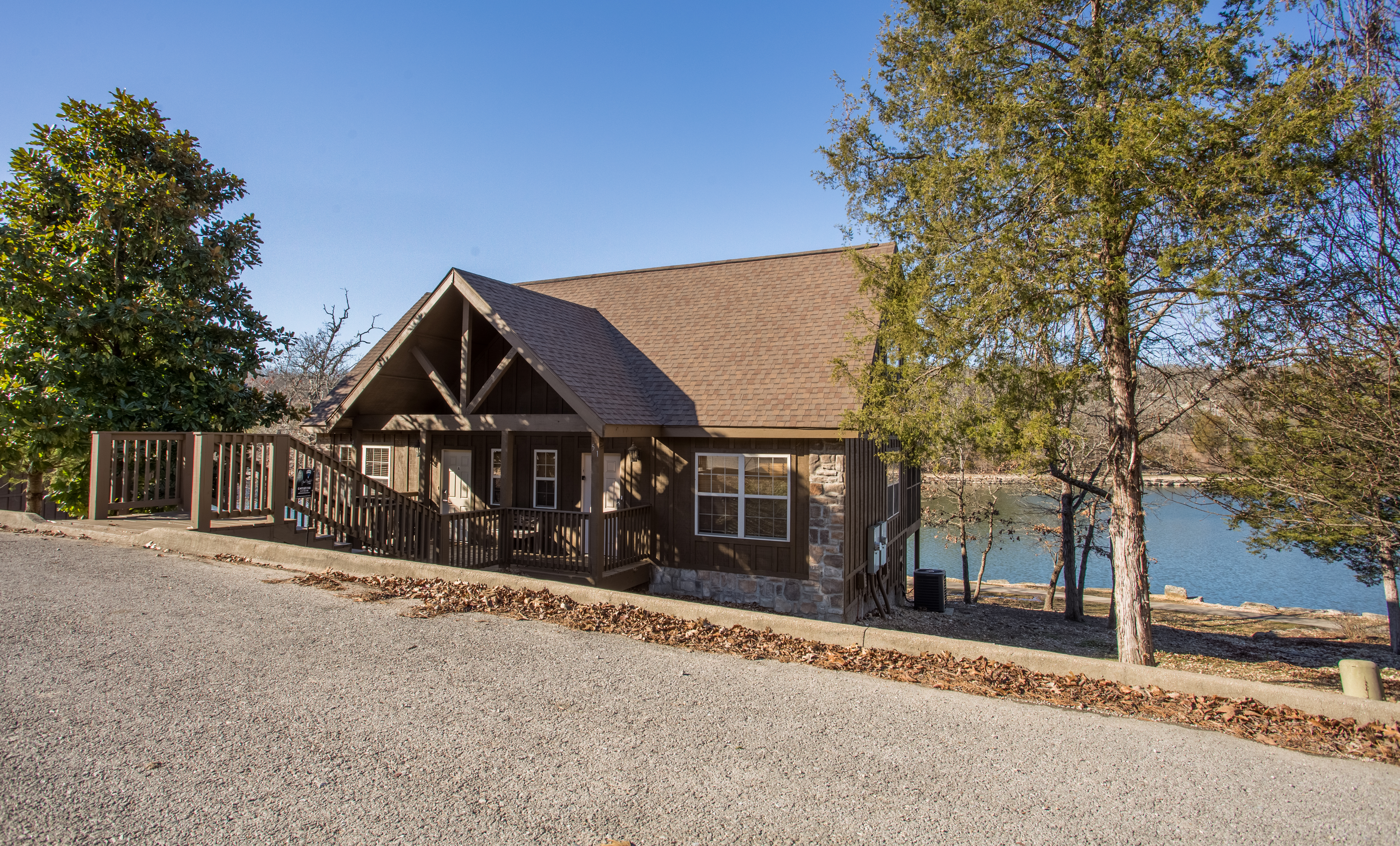 hills overlooking honeymoon lakeview firplace branson whispering luxury cabins log