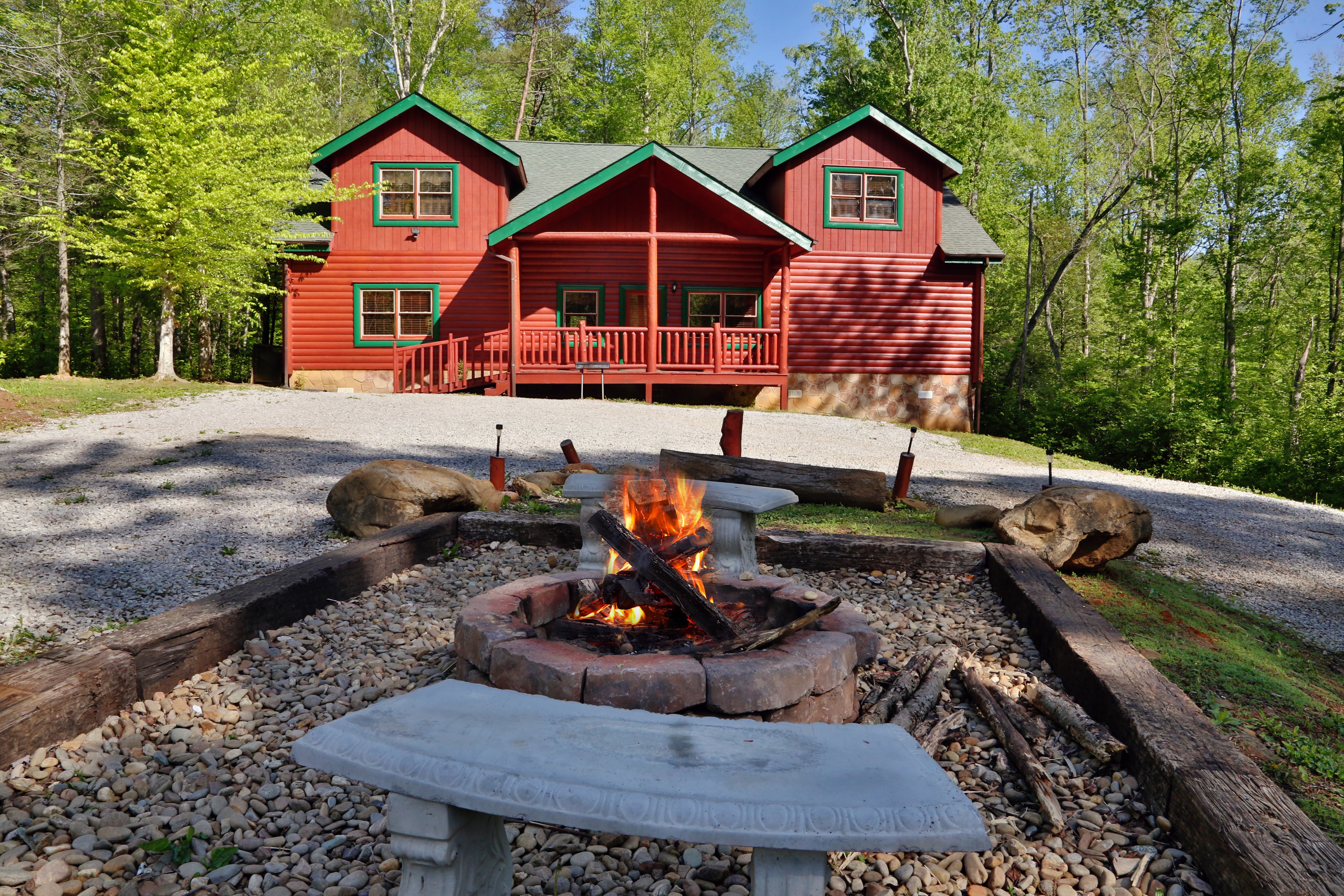 cabin drobek forge and info pet rentals deals tennessee indoor pool with pigeon in friendly theater luxury tn cabins gatlinburg private