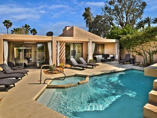 Modern Palm Springs Villa