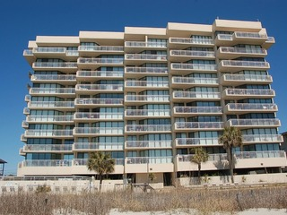 1045-5-B Shoreham Towers II