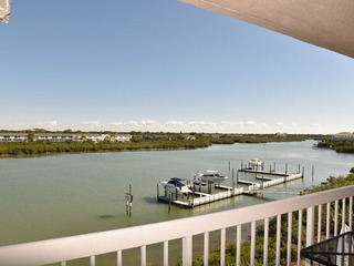 Water View Intracoastal Standard Condo # 405