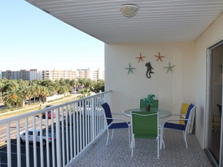 Holiday Villa II Beachside View Premium Condo # 308