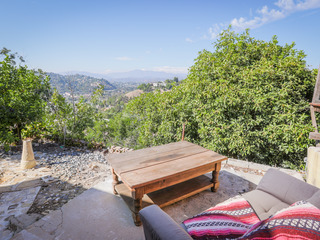 Hillside 2BR w/ Sweeping Views
