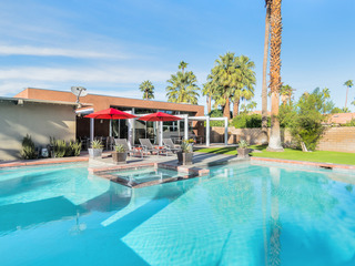 Palm Desert 3BR/2/5BA Pool/Jacuzzi Near Dining/shopping