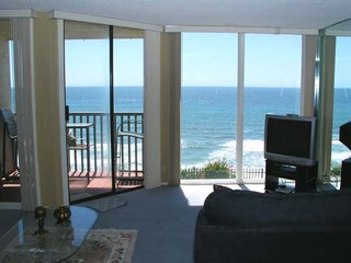 Breathtaking Bungalow 1 Bedroom Oceanfront Condo- DMST22