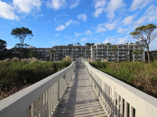 Oceanfront Condo, Steps to the Sand