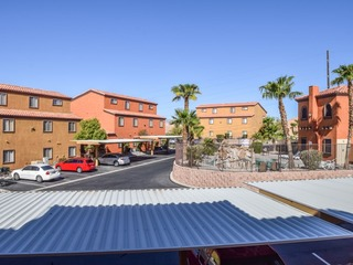 3 Bedroom condo in Mesquite #400