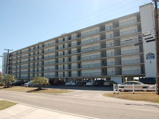 Crescent Sands CB, Unit 4-F
