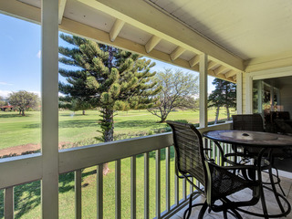 Golf Course Views & Private! Lovely Renovated 2 Bed/2 Bath- Elima Lani 207