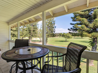Golf Course Views & Private! Lovely Renovated 2 Bed/2 Bath