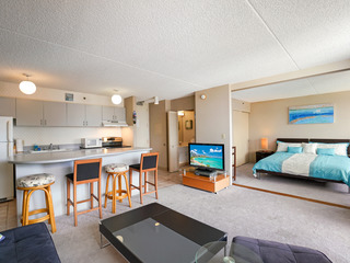 Waikiki Banyan Tower 1 Suite 3608