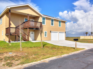 Beach View Estates Upstairs BVEU149