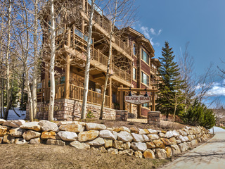 Deer Valley Black Bear 408B Penthouse