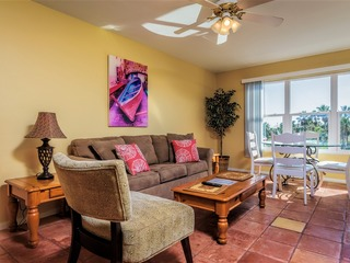 Gulfview ll 309: AFFORDABLE FAMILY condo for 4! Close to BEACH & SCHLITTERBAHN!