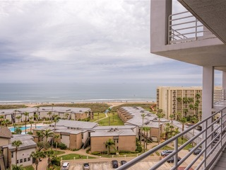 Sunchase IV 708: RESORT BEACHFRONT condo- PRIVATE balcony & so many amenities!