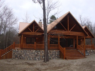 Four Seasons Lodge Broken Bow