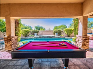 ** Versatile 6 BR w/Amazing Pool + Gourmet Kitchen **