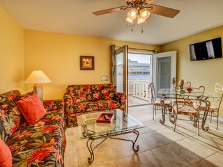 Super Cute With Deeded Access To The Beach (#26)- Sleeps 5