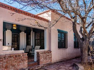 Adobe Territorial- 4BD/3BA, Walk/Bike Everywhere