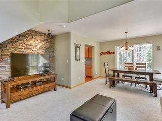 Zurich Place- Tahoe Donner-Summer lease available 19