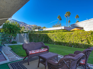 Palm Springs Hideaway *90 Day Minimum*
