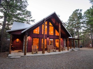 Crimson Star Lodge (4 Bdrm) (High Lux)(HOT TUB)