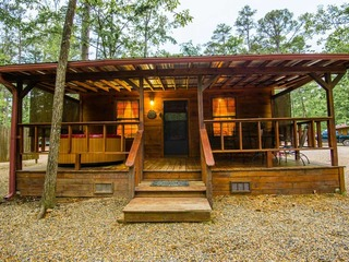 Ledgers Hideaway (1 Bdrm) (HOT TUB)