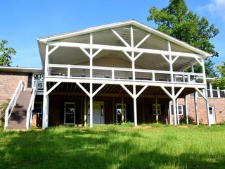 The Lakehouse Mansion- Sleeps 20