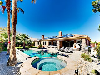 Palm Desert 4BR/3BA Opulent Retreat w/ Pool & Jacuzzi