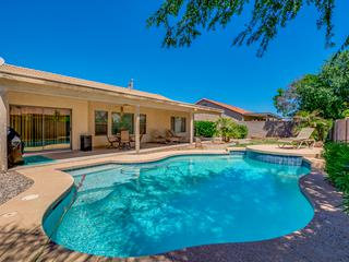 Queen Creek Pool Home! Super Neighborhood close to Marketplace! 30 Night Minimum Stay!