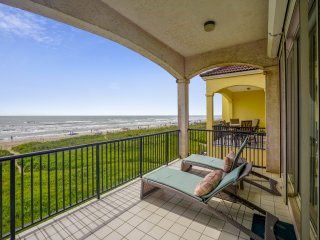 Incredible Views from Oceanfront 3 Bedroom Townhouse