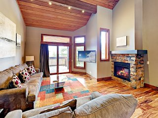 New Listing! Deer Valley Ski-In/Ski-Out Townhome