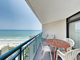 New Listing! Sand Dunes Penthouse: Pools & Hot Tub