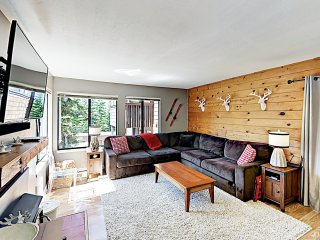 New Listing! Updated Ski Condo- Steps to Lifts