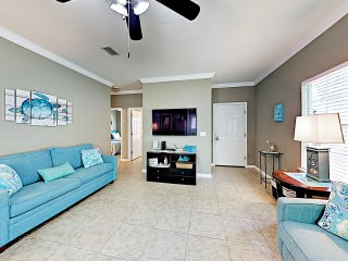 Dreamy Condo w/ Pool, 4 Miles to Orange Beach
