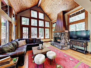 New Listing! Luxe Tahoe Donner Dream w/ Hot Tub