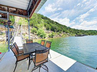 New Listing! Lake Travis Treehouse w/ Private Dock