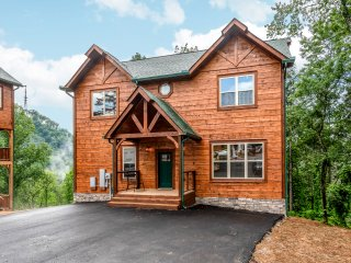 New Listing! Luxe Brand-New Mountain Retreat