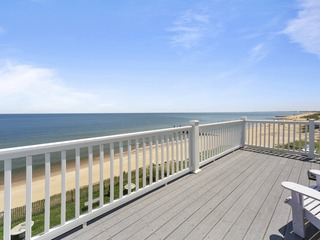 Luxury Bayfront Home, Beach Access + Stunning Views
