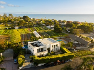 1 Block from Beach | Dazzling Ocean Views | Gorgeous Modern Estate ❤