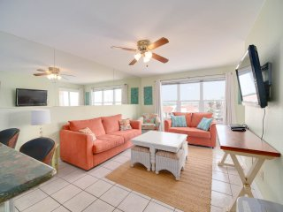 Relaxing Condo, Great Location, 3 Minute Walk To The Beach