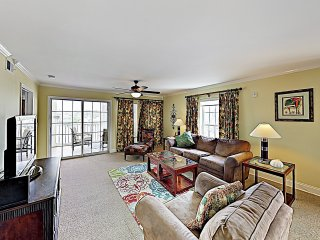 Marsh-View Condo w/ Pool- Walk to Beach!