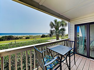 New Listing! Steps to Beach- Condo w/ Pool Access