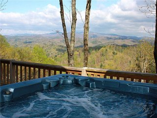 Horseshoe Knoll-Hot Tub, Pool Table, Trails, Views