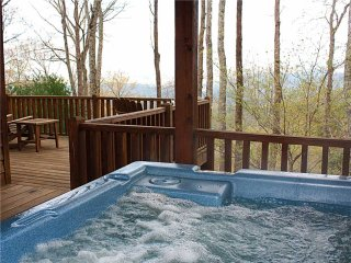 Sunset Ridge-Log Cabin,Views,Deck,HotTub,Trails