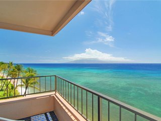 1 Bedroom Corner Oceanfront #701