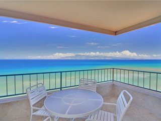 1 Bedroom Corner Oceanfront #908