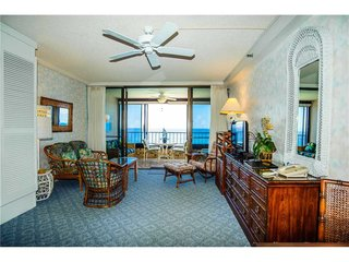 Junior Suite Oceanfront #607