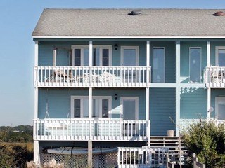 Aquamarine- Duplex at Holden Beach