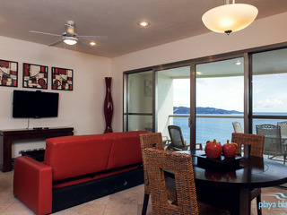 1 Bedroom Condo Playa Blanca 704